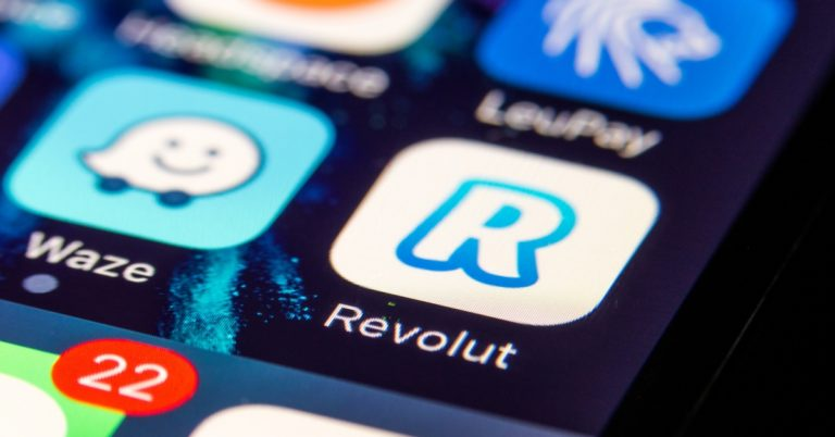 Revolut Application Includes 4 Cryptos to Acquiring, Marketing Solution