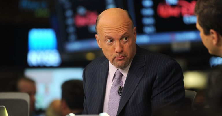 Jim Cramer Thinks 'Every' Corporate Treasurer Should Be Thinking Bitcoin