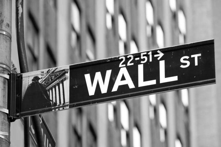 Bitcoin Weekly Outlook: Market Looks to Capitalize Wall Street Chaos