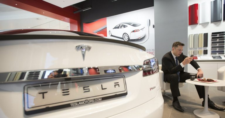 Bitcoin Pizza, Meet Bitcoin Tesla: Someone Bought a Model S in 2013 for 91.4 BTC