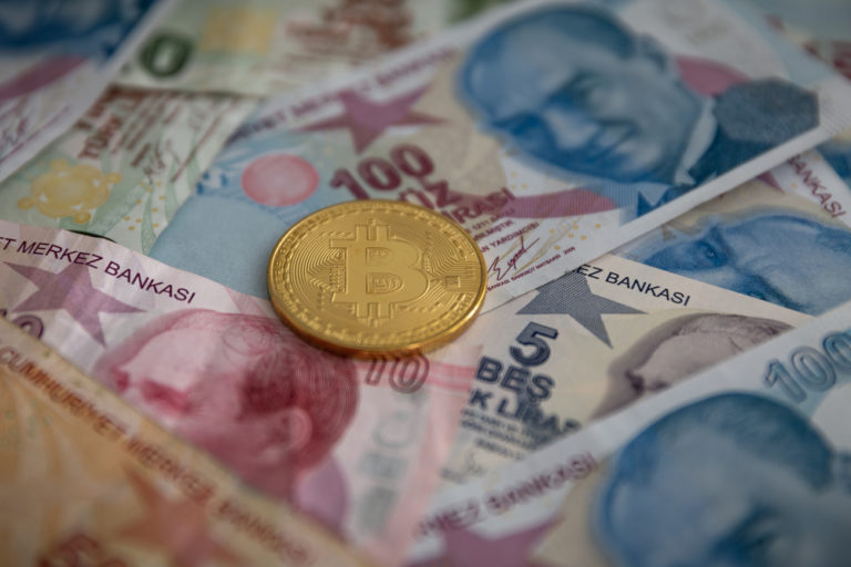 Bitcoin Hits $100,000 in Turkish P2P Markets as Lira Plummets