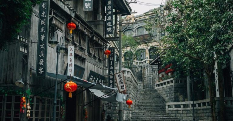 Huobi a Loser in China Crackdown, Bitcoin Futures Market Suggests