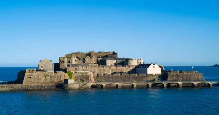 Jacobi Asset Management Wins Bitcoin ETF Approval in Guernsey